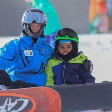 Picture of Season Snowboard Rental Package